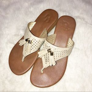 Dana buchman gold tassle wedge sandals size